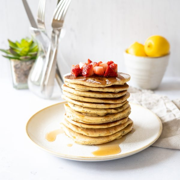 Lemon poppyseed pancakes